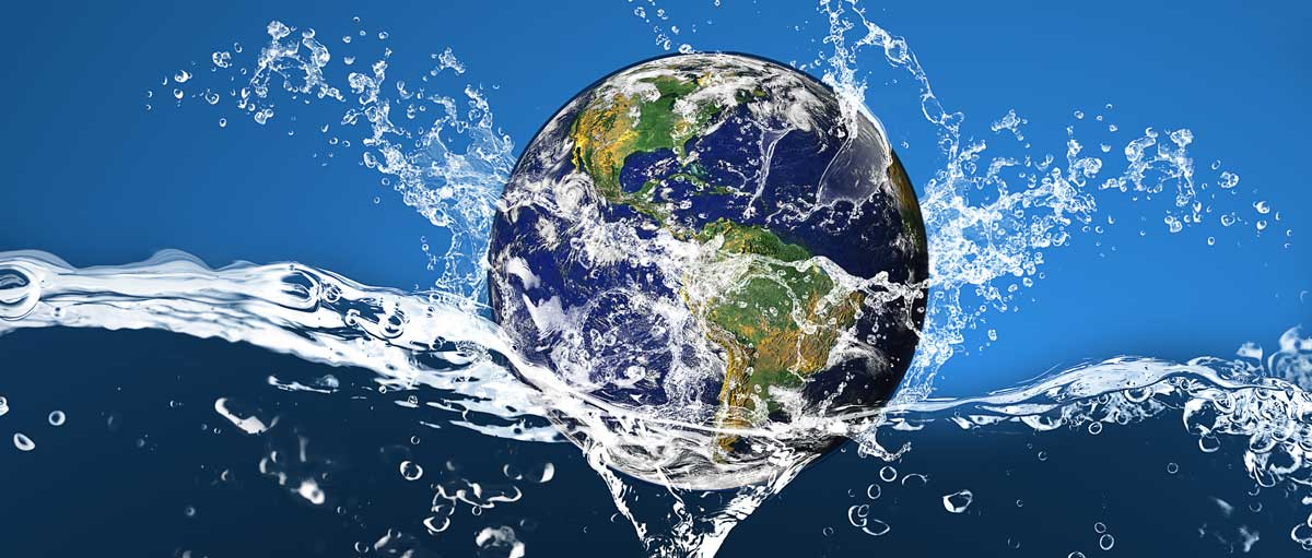 Who much water covers pour planet
